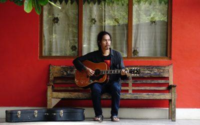 Sisir Tanah membuat rekaman album perdananya [Siaran Media]