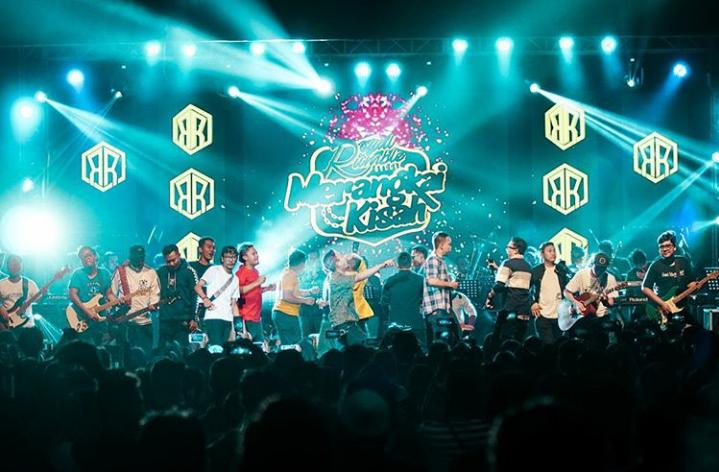 Konser Merangkai Kisah: Merawat Dangdut dengan Perubahan